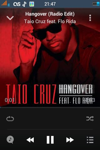 Hangover (Radio Edit) Taio Cruz feat. Flo Rida